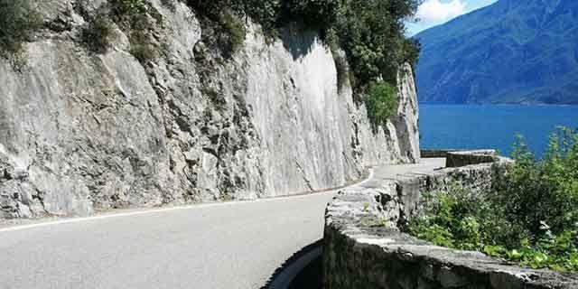 Tour in Italy: Strada della Forra, Lake Garda, the legendary scenic drive  - Pic 5