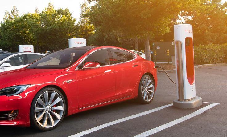 Superchargery miały być darmowe na zawsze... będą niestety płatne. Tesla przygotowuje się chyba na gigantyczną sprzedaż Tesla Model 3. #tesa #supercharger
