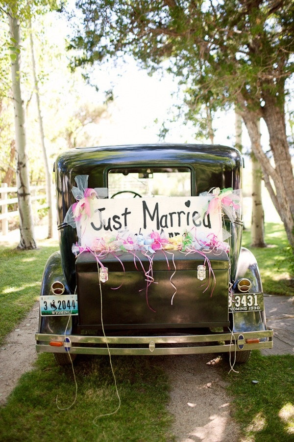 17 best images about just married signs on pinterest for Just married dekoration