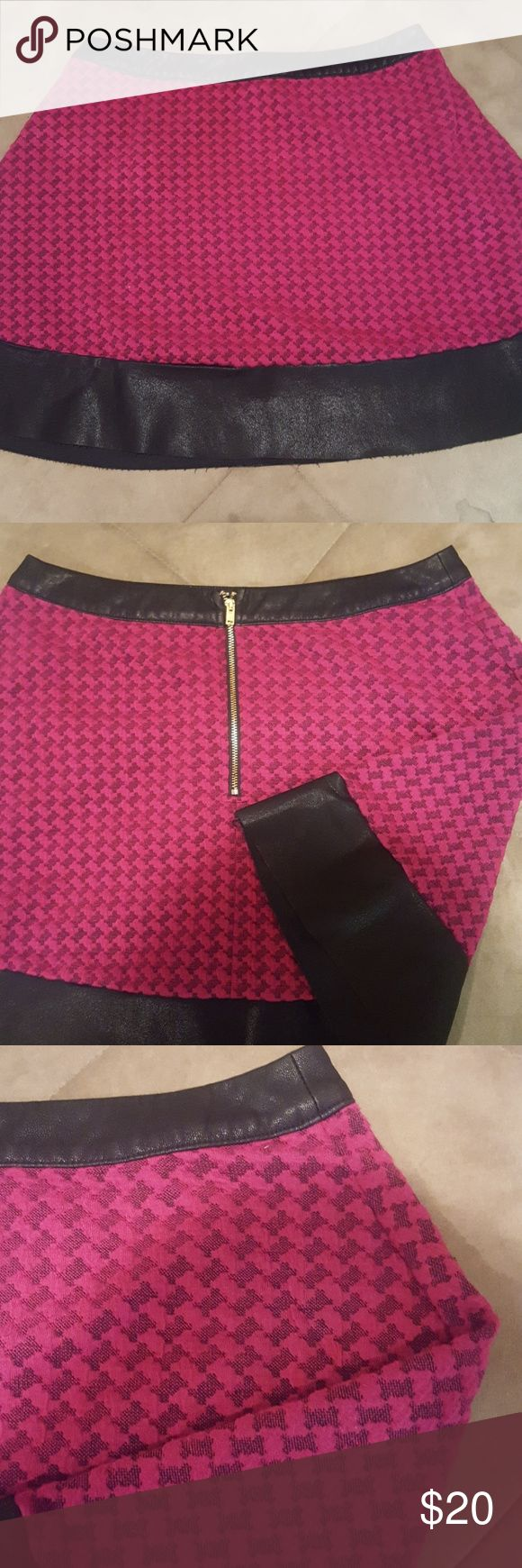 Candie's Pink and Leather Skater Skirt - excellent used condition  - sexy leather at waistline and bottom - gold zipper (intact) in back Candie's Skirts Circle & Skater