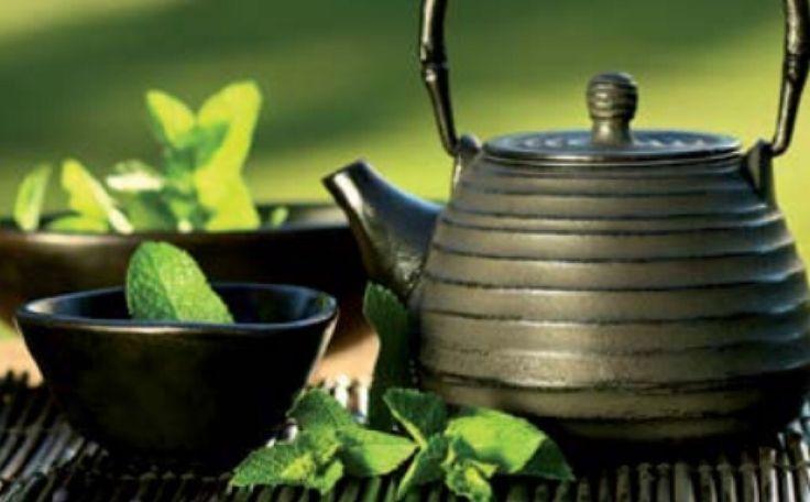 Přemýšlíte nad čajem o páté? Přijďte si užít tradiční sypané čaje do Saiko Cuisine v Pytloun Design Hotelu**** v Liberci. #pytloun #liberec #restaurant #saikocuisine #asiancuisine #tea #teaatfive #traditional #tealeaves #designhotel