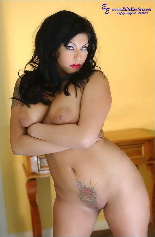 Huge clitoris on horny girl