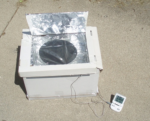 http://netzeroguide.com/homemade-solar-panels.html Homemade solar panels have become more popular as the technology improves to make it easier for mums and dads to do it on their own. Homemade solar cooker
