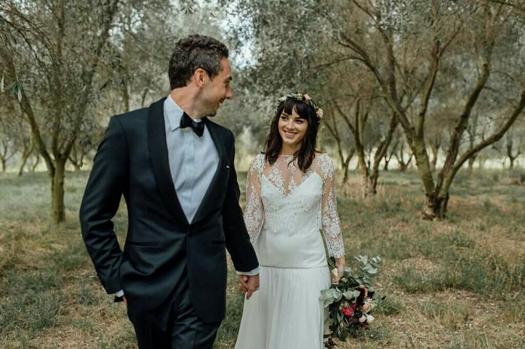 Wedding  The gorgeous Krystal  Hair by loco hair  MU Missy mu Photography Natalie McNally Photography  Flowers @magdalen.hill.florals  Dress @ruedeseinebridal  Location Hawkes Bay NZ