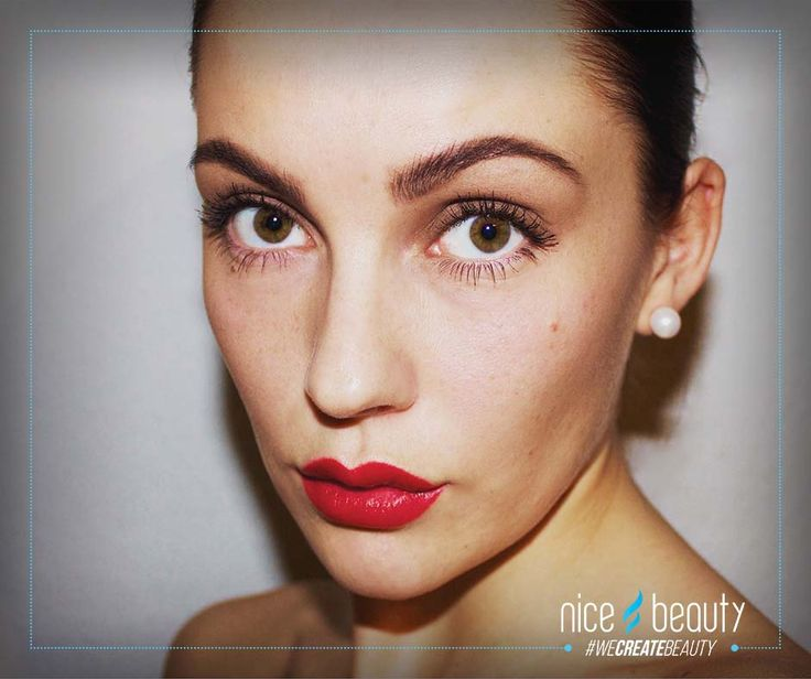 Luxurious make-up that last all day! - Try look at our big collection of Jane Iredale :-)