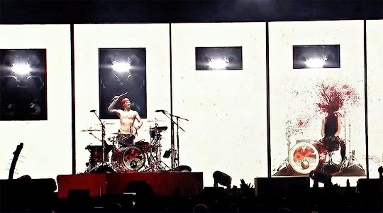 josh after winning against his blurryface at a drum battle