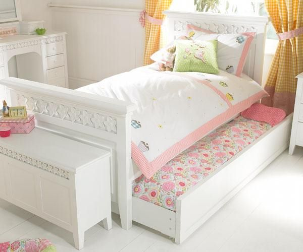 23 best single beds images on pinterest child room. Black Bedroom Furniture Sets. Home Design Ideas