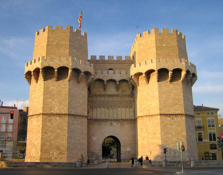 15 meters to Spain: Torres de Serranos, Valencia