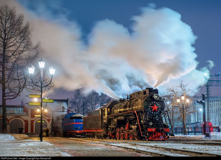 RailPictures.Net Photo: 182 Russian Railways Steam 2-10-0 at Moscow, Russia by Ilya Semyonoff