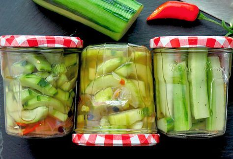 Salatgurken einlegen ohne Kochen – heute wird leichter Proviant gebunkert