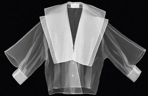 Самые красивые белые рубашки на выставке Джанфранко Ферре