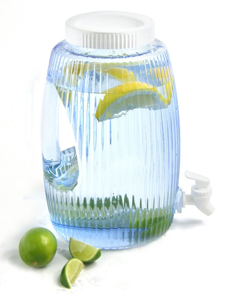 Vesiastia Fiesta Arrow 4,7L. Water container Fiesta Arrow. Made in USA.