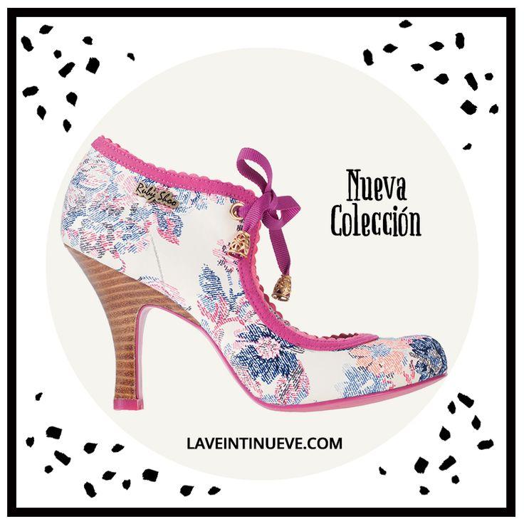 Floral Pumps #retro #heels #spain #laveintinueve #boutique #gotico