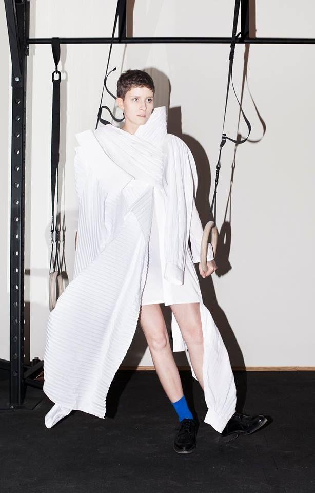 Małgorzata Nowakowska   2015 #fashion #experimental #shirt #fashiondesign #fashiondesignschool #aspwarszawa #academyoffinearts #katedramody #fashiondepartment #fashiondesign #warsaw