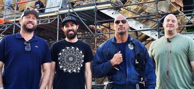 Dwayne Johnson, en plein tournage de San Andreas, tease le film catastrophe.