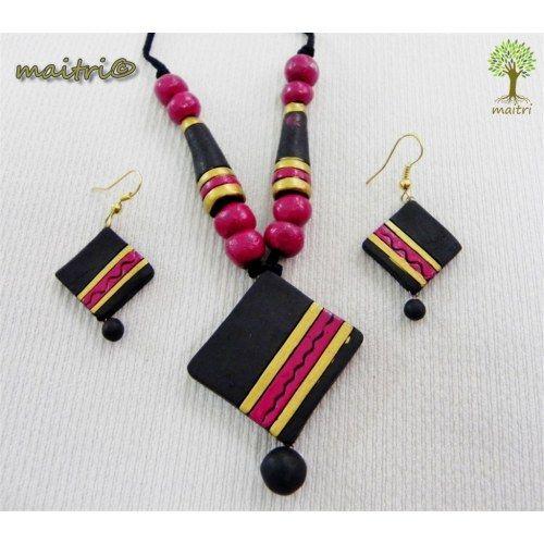 Terracotta Jewellery  -  Red Black Square  www.facebook.com/maitri.crafts.maitri maitri_crafts@yahoo.com
