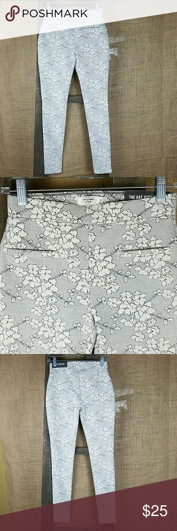"""Abercrombie & Fitch high rise legging floral thick Abercrombie & Fitch high rise legging floral thick XS NWT.  Waist side to side: 12.5"""" Abercrombie & Fitch Pants Leggings"""