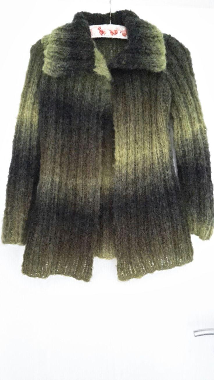Jacke aus 200 g Wolle gestrickt