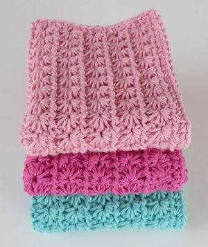 I love the #crochet star stitch. Makes a beautiful afghan. by LavenderM
