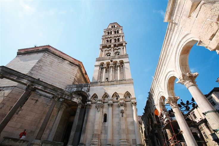 Split St. Duje Cathedral  Split is the hub of central Dalmatia and the second largest city in Croatia, with about 250,000 inhabitants . It serves as a jumping-off point for the exploration of the coast and islands of the beautiful Croatian Adriatic.