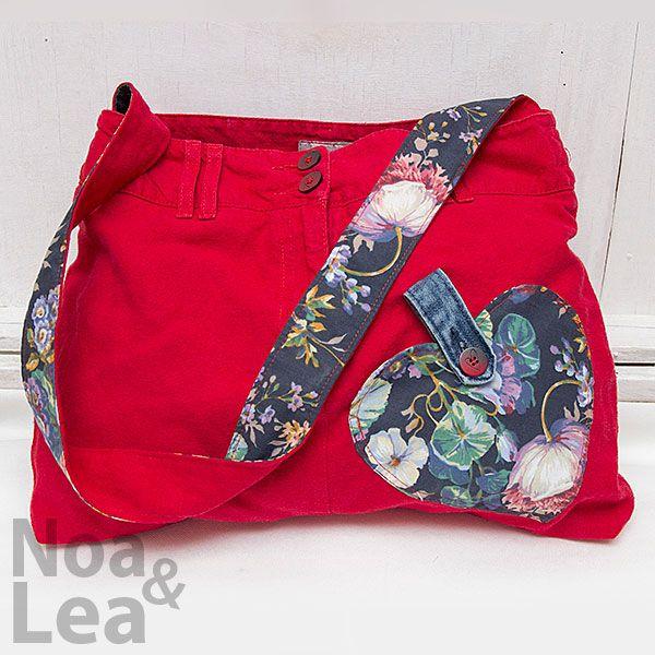 Upcycled trousers handbag by Noa & Lea Torba Upcykling, Torba ze spodni, Torba z jeansów  http://noa-lea.pl/index.php/pl/sklep/sklep-torby/31-torba-upcykling-czerwona-bawelniania-ze-spodni