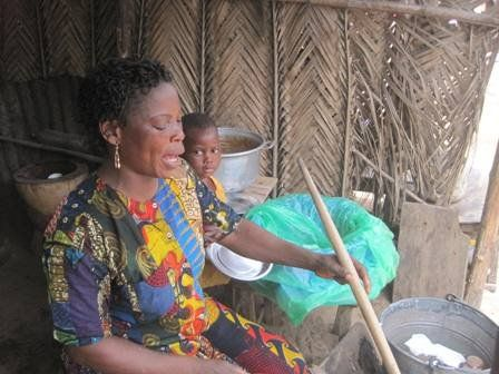This is the woman, Akossiwa, that I'm loaning to via @Kiva