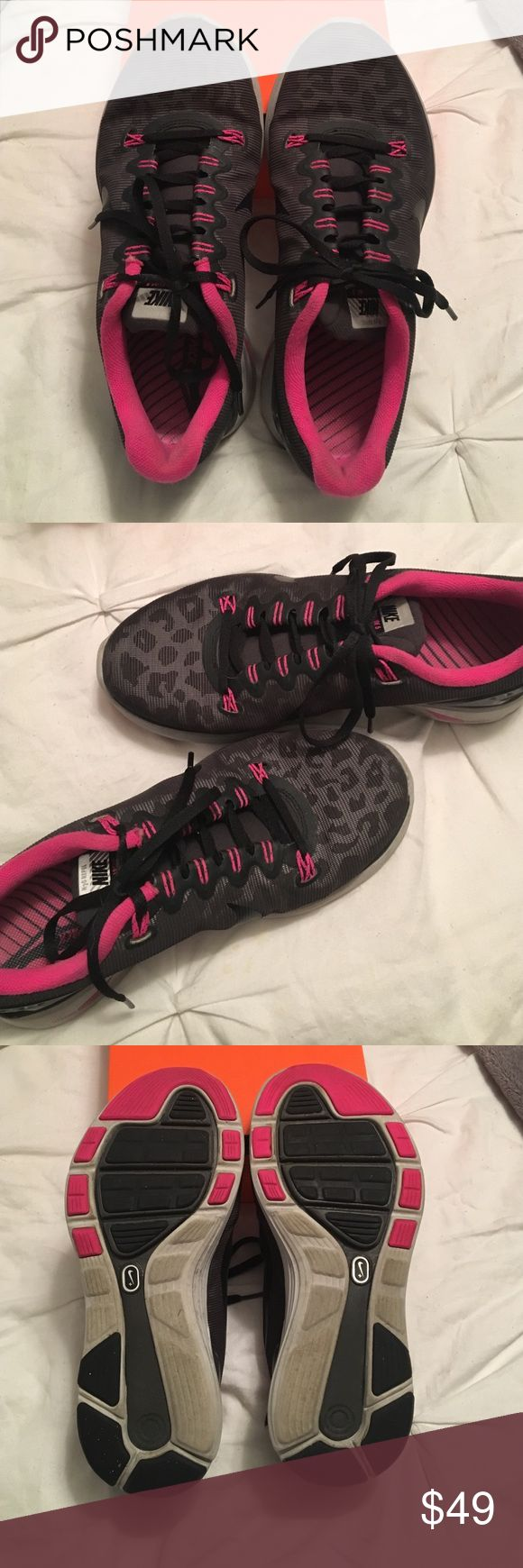 Nike Women's Running Shoes Size 7.5 Women's Running Shoes • Pink & Leopard  💖😍 Nike Shoes Athletic Shoes