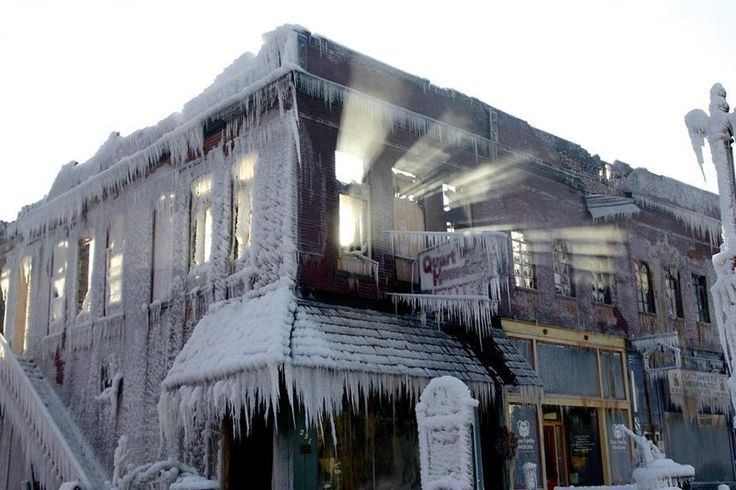 A Huge Fire Started In Sub Zero Temperatures. What Happened After Firefighters Came Is Breathtaking. - The Meta Picture
