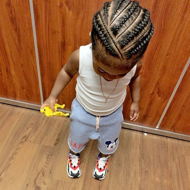 Mooth Sur Instagram Can Not Stop Till I A Atteint Un Milliard Big Mansion Avec Barres Boy Braids Hairstyles Boys Long Hairstyles Little Boy Hairstyles