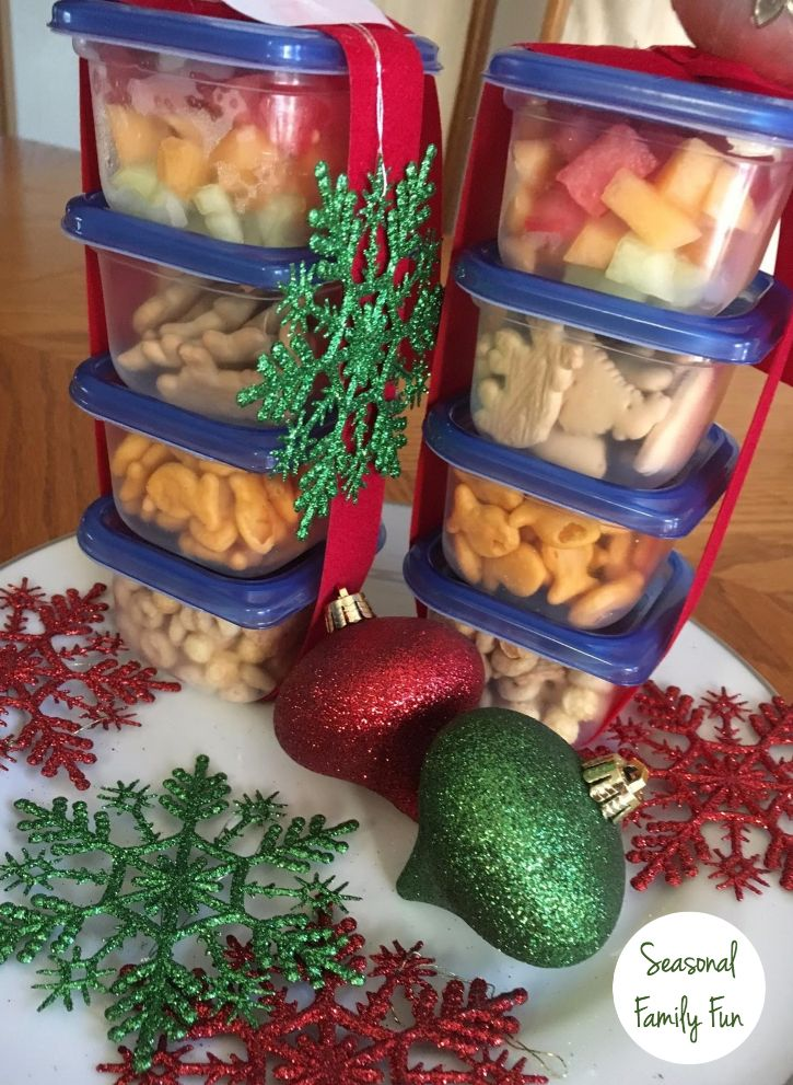 Since this is our first Christmas with our grand-babies I've been thinking of ways to make it extra-special and memorable. One idea I came up with creating snack containers for when we watch Christmas movies on TV. I picked up Ziploc® brand extra small square Snap 'n Seal containers so the portions were just right for little fingers. Click for a coupon!  #ZiolocHolidayUAI #ad