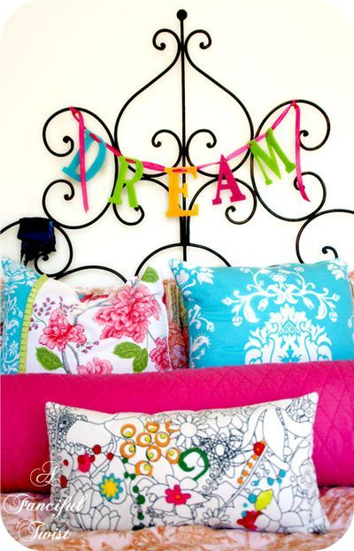 Dream: Teenagers Girls, Beds, Bedrooms Madi Payt, Girls Room, Colleges Ideas, Pillows, Bright Colors, Bedrooms Ideas, Crafts