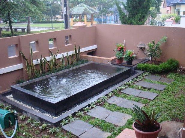 Desain kolam ikan minimalis di halaman rumah