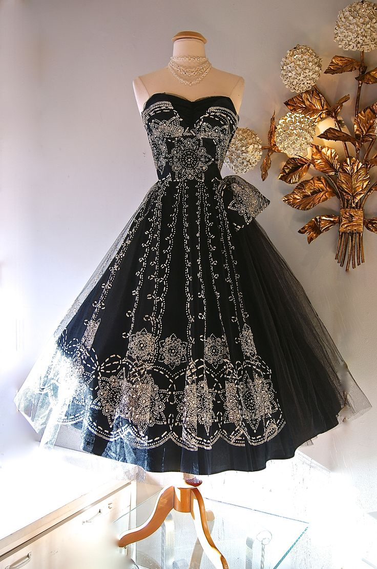 1950s flocked tulle party dress.