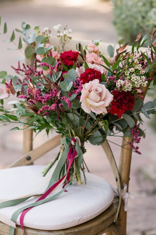 Dreamy Reds and Spanish Romance Wedding Inspiration