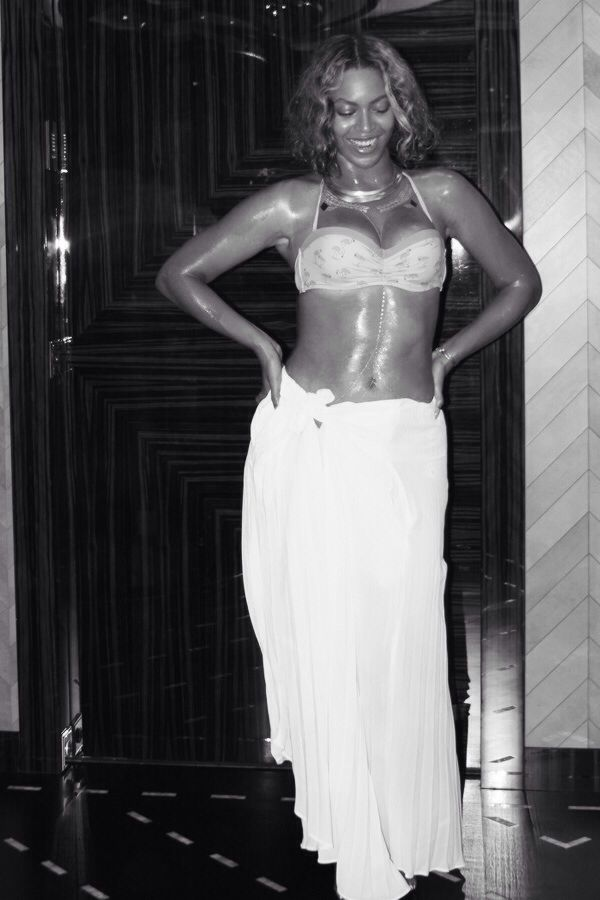 Beyonce France Vacation September 2014