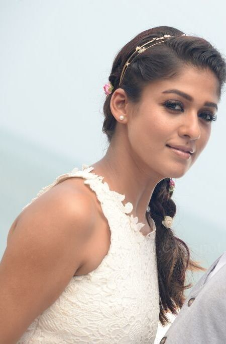 nayanthara with side braid and hair band