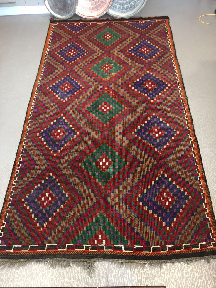 "LARGE DIAMOND STYLE TURKISH KILIM RUG, 340  x 75 cm ( 133 "" x 29 "" )"