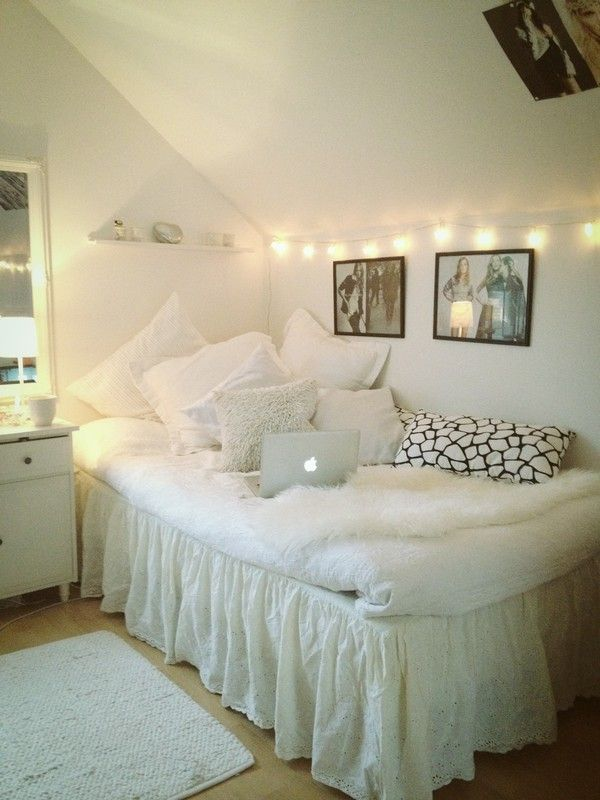All White Room I Might Do This For College Dorm
