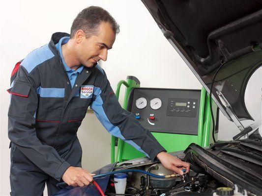 Andaluza de Inyección. Un taller de confianza que forma parte de las redes #Bosch y TalleresTop.com    Especializados en:    Inyección electrónica – Mantenimiento –Reparaciones mecánicas   #BoschCarService #inyeccionelectronica #inyección #andalucia #tomares