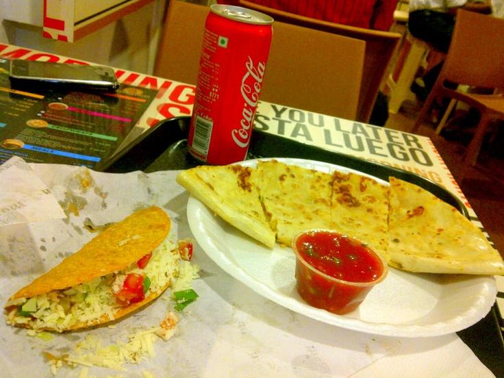 yumm... mexican food platter