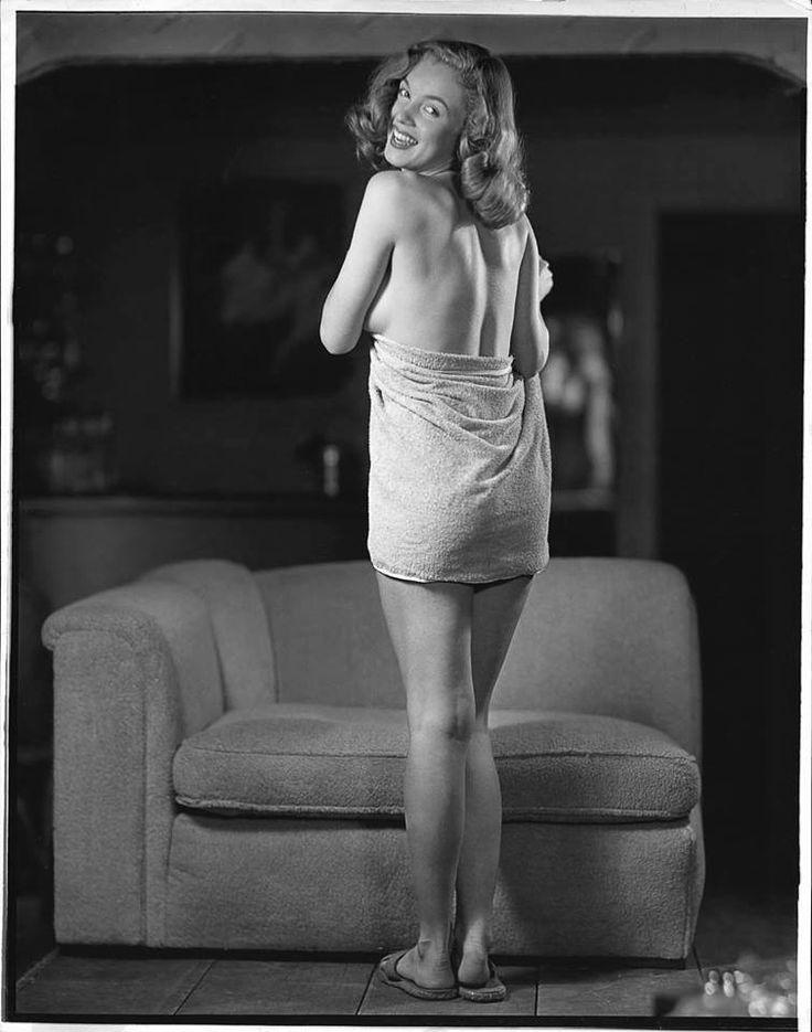 "Marilyn Monroe/Norma Jeane.Earl Moran 1947, ""Sofa""."