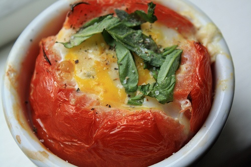 Baked Eggs in Tomato Shells: Tomatoes Shells, Eggs Baking, Glutent Free, Yummy Foodies, Baking Tomatoes, Eggs Recipes, Baking Eggs, Gluten Free, Breakfast Brunch