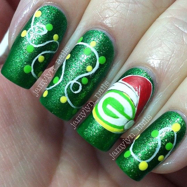 Green Bay Packers christmas  by jamylyn_nails  #nail #nails #nailart