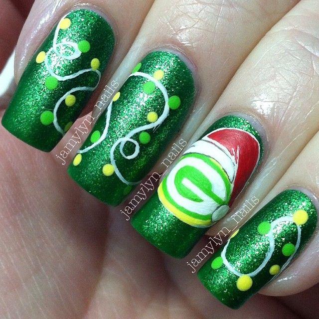 Green Bay Packers christmas by jamylyn_nails #nail #nails #nailart