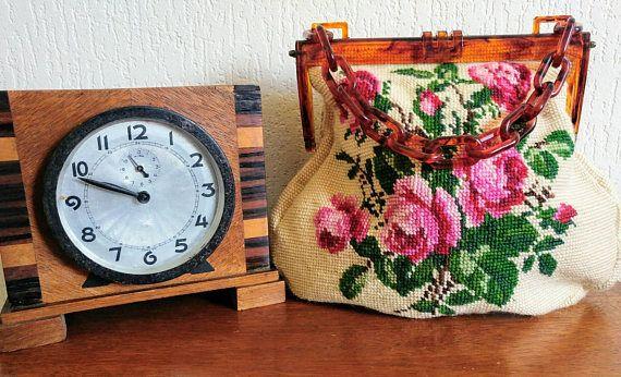Bekijk dit items in mijn Etsy shop https://www.etsy.com/nl/listing/544381286/vintage-delka-faux-tortoise-lucite