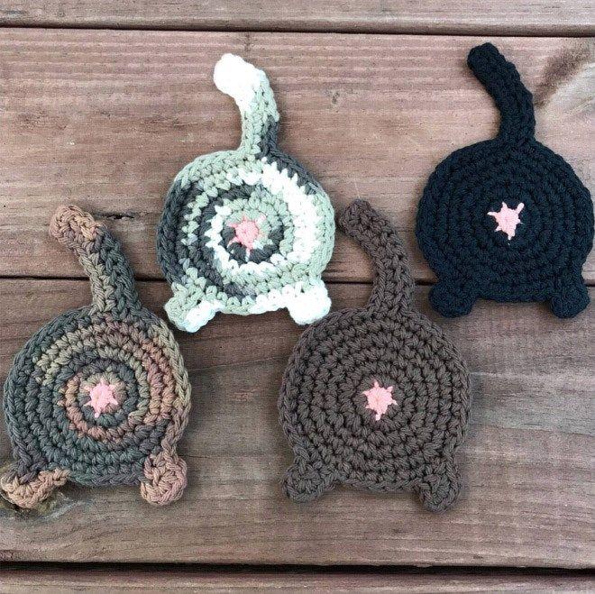 Cat Face Coasters ~ FREE Crochet Pattern | Crochet coaster pattern ... | 659x660