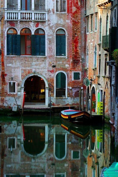 Un petit tour en gondole à #Venise après un brunch ...