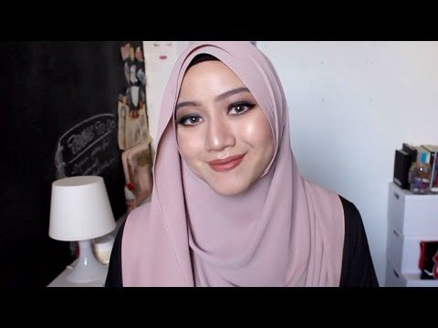 MY CURRENT EVERYDAY LOOK || SHAWL TUTORIAL - YouTube