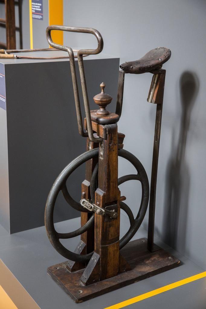 Así era un gimnasio hace 200 años - Máquinas de gimnasio de hace 200 años. Las...