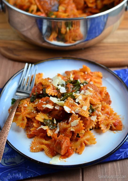 Slimming Eats Sausage, Tomato and Spinach Pasta - gluten free, dairy free, Slimming World and Weight Watchers friendly